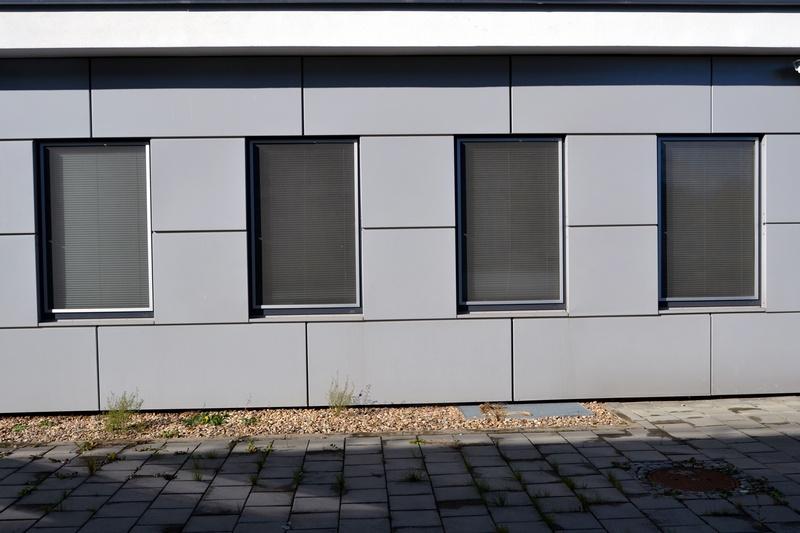 Univerzitní kampus Masarykovy univerzity, Brno - Bohunice - okení sítě PS AL  |  http://www.ksystem.cz/produkty/site-do-oken/ps-al.html